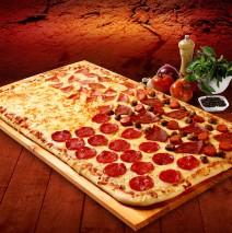 Four à bois : le top pour faire des pizzas !