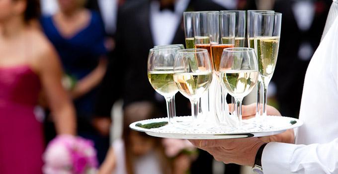 vins-et-champagnes-mariage.jpg